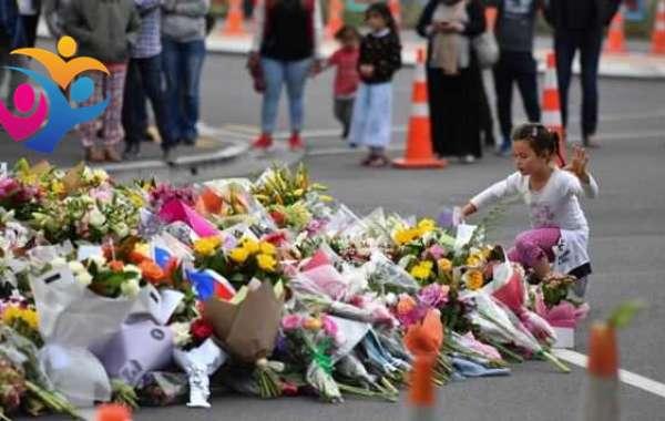 Arrestan a estudiante por celebrar en Facebook el tiroteo de Nueva Zelanda