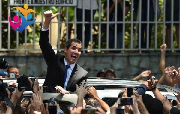 La Contraloría de Venezuela inhabilita a Guaidó hasta por 15 años