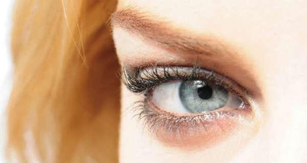 Nuevo tratamiento cambia el color de ojos