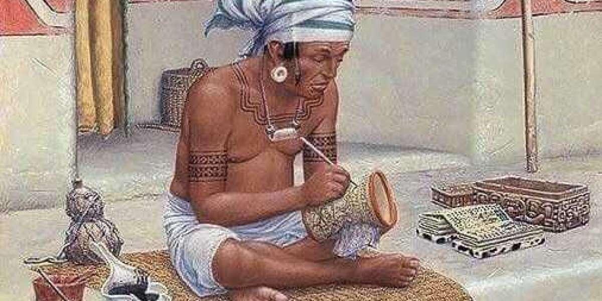 La policromía; el arte de la pintura sobre cerámica de Los Mayas.